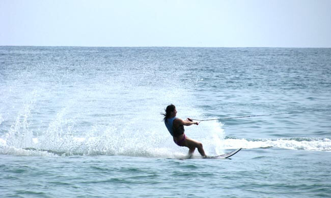 Paradise Management - WATER SKI AND WAKEBOARD